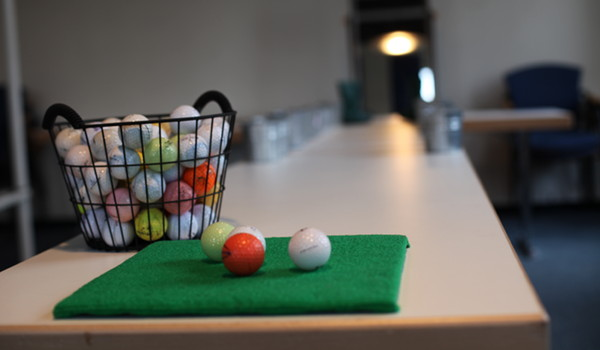 INDOOR-CROSSGOLF