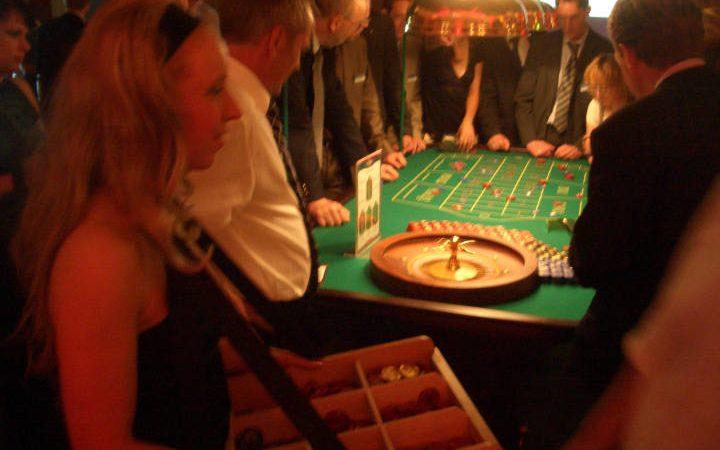 ABENDVERANSTALTUNGEN   Casino-Party