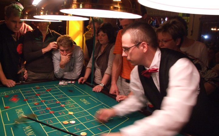 ABENDVERANSTALTUNGEN | Casino-Party