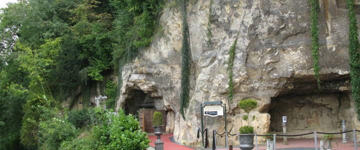 ABENDVERANSTALTUNGEN | Sandsteinhöhle