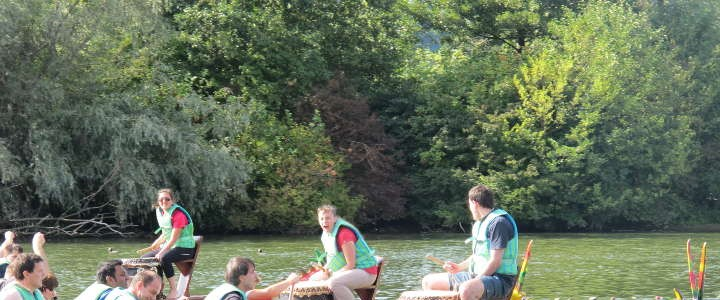 Teambuilding Outdoor   Drachenboot Rennen