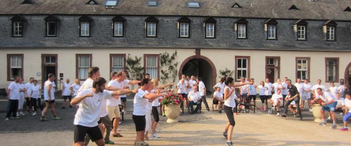Outdoor-Programm, Teambuilding als Rahmenprogramm, Meeting, Pausenfüller