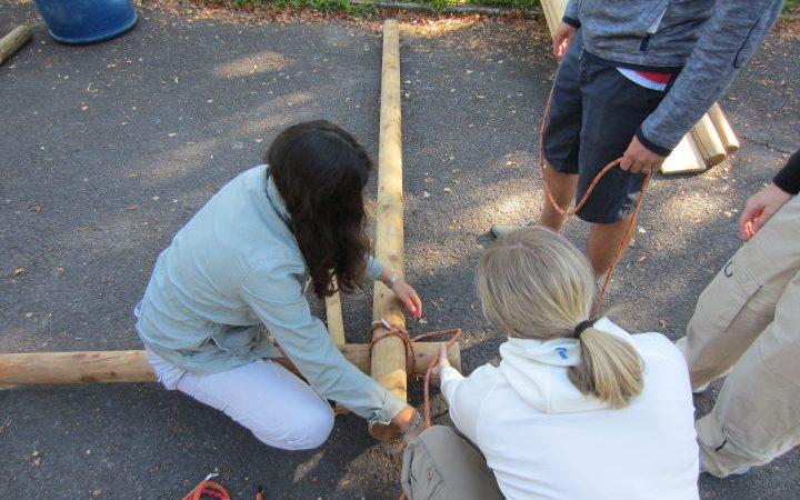 Ein interaktives Event welches die Gruppe durch Teamwork näher zusammenrücken lässt.