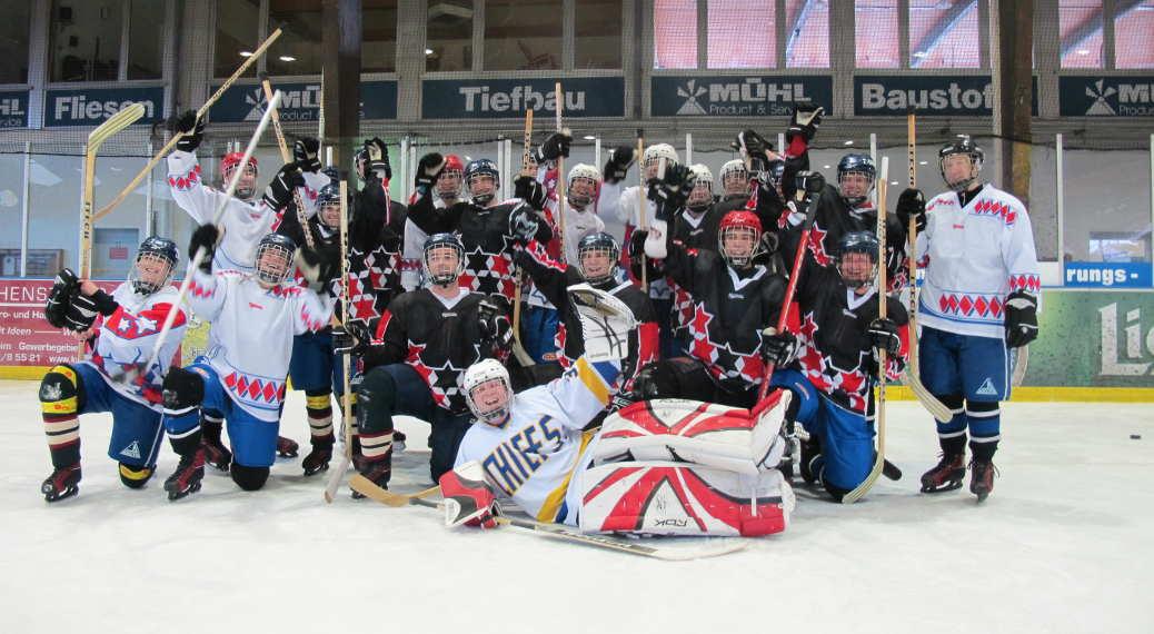 Indoor Teambuilding: Eishockey-Teamtraining